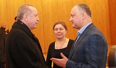 Dodon, întrevedere neplanificată cu Erdogan pe aeroport