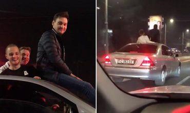 В Кишиневе парень на большой скорости катался на капоте машины