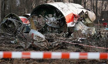 В Польше аннулировали первый отчет о крушении самолета Качиньского.
