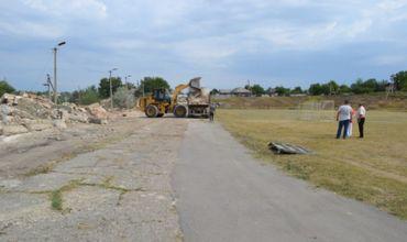 В Вулканештах началась реконструкция стадиона.