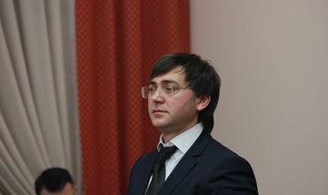 Новый депутат парламента проходит по делу о коррупции