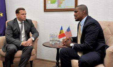 Нэстасе представил послу США свое видение ситуации в Молдове.