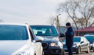 Житель Молдовы прибыл на границу на угнанном автомобиле.