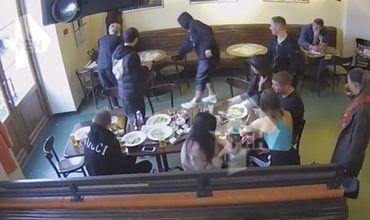 Появилось полное видео избиения чиновников Кокориным и Мамаевым.