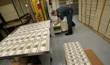 США выкупили своих граждан у Ирана за $400 млн.