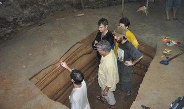 Археологи установили, что всего пещера содержит следы 11 цунами.