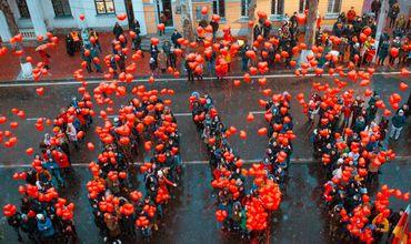 Оргеев отметил День влюбленных: концерт, лимузин и романтический ужин