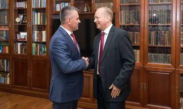 Красносельский встретился со спецпредставителем Украины.