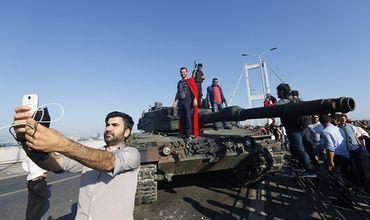 Убытки от переворота в Турции оценили в $100 млрд