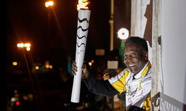 Пеле предложили зажечь олимпийский огонь на открытии Игр в Рио