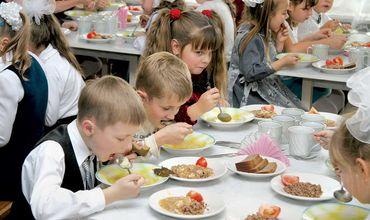 В течение многих лет в сфере предоставления услуг питания для учебных заведений в Кишиневе отсутствует реальная конкуренция. Фото символ: novostipmr.com.