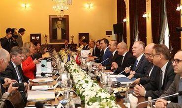 ЕС и НАТО заверили Турцию в своей поддержке.