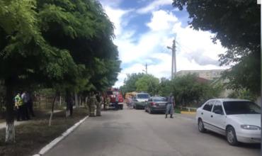 В Дубоссарах эвакуировали жильцов дома из-за сообщения о бомбе.