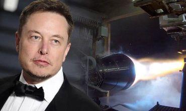 На прошлой неделе Маск сообщил, что его компания провела первые огневые испытания двигателя Raptor.