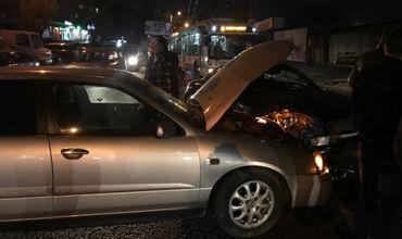 Авария на Ботанике: два автомобиля получили серьезные повреждения.