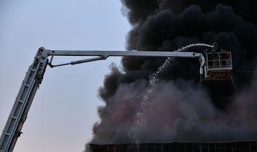 В Кемерово ликвидировали пожар в автосалоне Hyundai