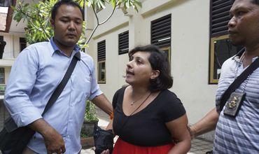 На Бали британскую туристку осудили на полгода тюрьмы за пощечину офицеру.