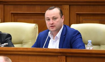 Депутат Партии социалистов Влад Батрынча.