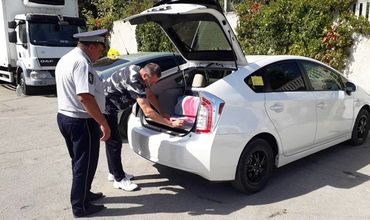 В ходе проверок машин служб такси выявлены многочисленные нарушения