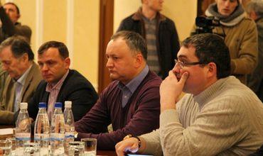 Додон, Нэстасе и Усатый обсуждают единого кандидата в президенты