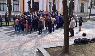 Акция протеста Нэстасе против Додона провалилась