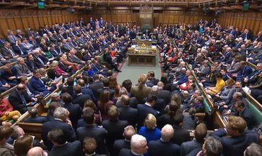 Британский парламент отверг поправку об отсрочке Brexit для проведения нового референдума.