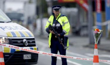 Пост полиции перед мечетью в городе Крайстчерч.