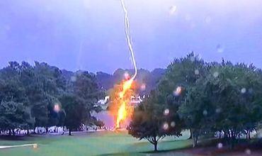 Шесть жителей США пострадали от удара молнии.