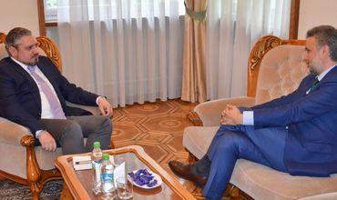 В ходе беседы стороны подтвердили взаимную заинтересованность в продолжении политического диалога.