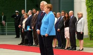 Меркель снова стало плохо на официальном мероприятии