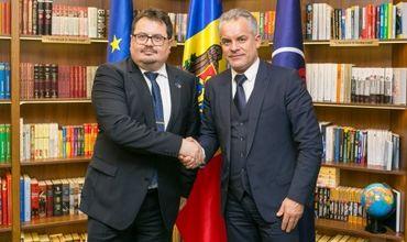 Влад Плахотнюк и глава Делегации ЕС обсудили местные выборы
