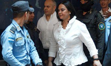 Жену экс-президента Гондураса Порфирио Лобо Росу Элену суд признал виновной в коррупции.