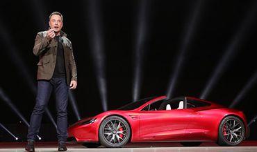Tesla вплотную подошла к банкротству.