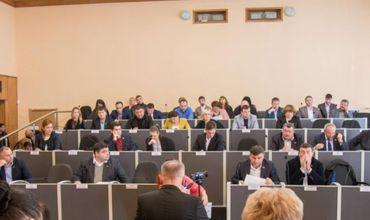 Муниципальный совет Бельц принял отставку Ренато Усатого