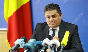 Ministrul Economiei şi Infrastructurii, Octavian Calmîc.