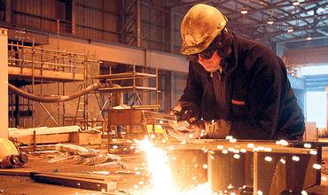 В разрезе отраслей наибольший рост достигнут в производстве электрооборудования.