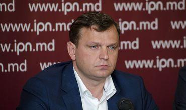 Андрей Нэстасе выступает с призывом в контексте президентских выборов.