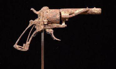 Пистолет, из которого застрелился Ван Гог, продали за €162,5 тыс.