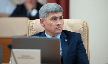 Жиздан прокомментировал инцидент с сотрудником МВД, предложившим подростку секс за деньги.
