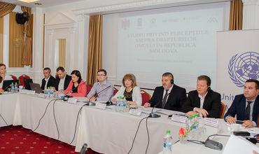 95% населения считает, что права человека в Молдове нарушаются.