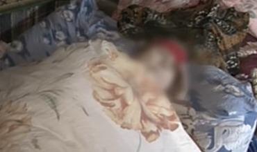 Неизвестный поиздевался над 74-летней женщиной в ее собственном доме.