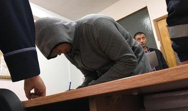 Подозреваемые в групповом изнасиловании арестованы на 30 суток. Фото: protv.md.