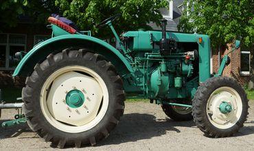 У водителя трактора не было водительских прав нужной категории. Фото: wikimedia.org