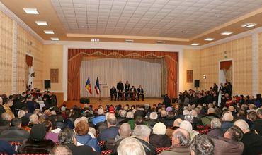 Депутаты готовы сражаться с оружием в руках за государственность Молдовы