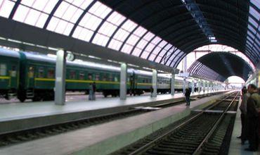 Проект финансирования покупки локомотивов и модернизация ЖДМ относится к 2014 году, а общая сумма кредита составляет 105 млн евро.