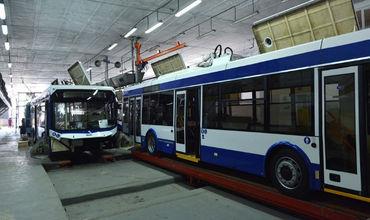 В Кишиневе собрано 5 новых троллейбусов с USB-розетками для пассажиров