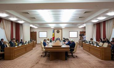 Кабмин изменил состав комиссии по реинтеграции страны