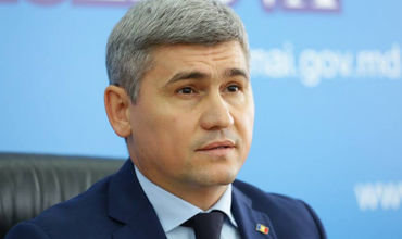 Бывший министрвнутренних дел Александр Жиздан.