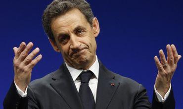 79% французов не хотят возвращения Саркози на пост президента.