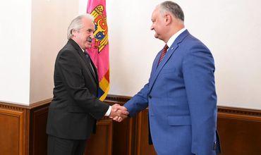 Додон провел рабочую встречу с послом Турции в Молдове